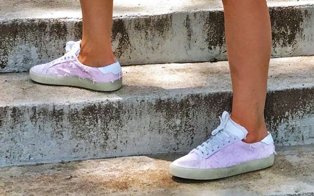 St. Laurent Court Classic in Washed Pink